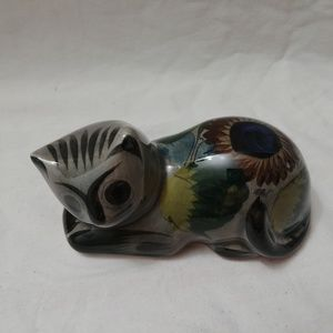 Accents - Vtg Mexico Gray Cat Ceramic Pottery Signed